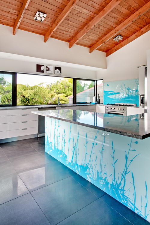 removing-glass-splashback-western-suburbs-melbourne